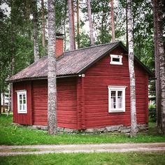 Jalasjärvi, Finland  #torppa #jalasjärvi #hus #house (via Pia Leppänen  • https://www.pinterest.com/pin/151222499964976754/ )