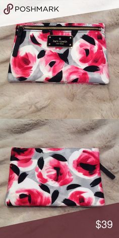 Kate Spade Blake Avenue Small Drewe in Rose Bed Brand new small Drewe pouch by Kate Spade. Gray, black and pink Rose Bed print. kate spade Bags