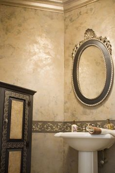 Golden Venetian Plaster With Stencil Love The Color By Sharon Leichsenring New York Wallsplaster Paintfaux