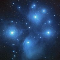 Hubble Images 12 Iconic Images From the Hubble Space Telescope: The Pleiades Star Cluster - Take a skygazing trip through just a few of Hubble Space Telescope's many beautiful space images, returned from objects across the universe. Les Satellites, The Pleiades, Hubble Images, Hubble Photos, Star Formation, Star Cluster, Hubble Space Telescope, Nasa Space, Space Images
