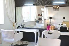 Zariadenie kaderníctva Hair Studio, Vanity, Glamour, Mirror, Furniture, Home Decor, Dressing Tables, Powder Room, Decoration Home