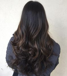 10 Ideas for Balayage on Straight Hair – Stylish Hairstyles Straight Hair Highlights, Balayage Straight Hair, Straight Black Hair, Black Hair With Highlights, Hair Color For Black Hair, Ombre Hair Color, Cool Hair Color, Dark Hair, Brown Hair With Lowlights