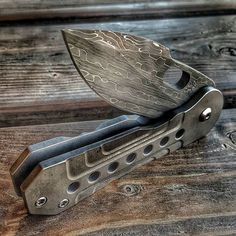 """Sometimes i wish I was able to keep the knives I make. ....this one is…"