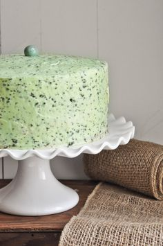 Mint Chocolate Chip Cake - if you love mint chocolate chip ice cream, you'll love this cake. The mint buttercream tastes EXACTLY like mint chocolate chip ice cream!
