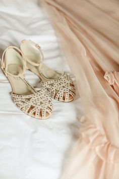 studded flats, photo by Laura Murray http://ruffledblog.com/devils-thumb-ranch-wedding #weddingshoes #shoes
