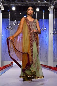 Mehdi's Collection at the finale of Bridal Couture Week, Karachi 2011