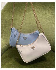 Luxury Purses, Luxury Bags, Luxury Handbags, Aesthetic Bags, Backpack Aesthetic, Accesorios Casual, Prada Bag, Prada Backpack, Prada Purses