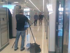 Qualche scatto tra i rack del data center di Arezzo con le startup pronte ad iniziare il Pitch Day