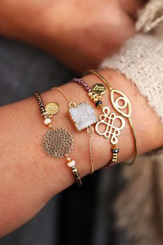 Beautiful golden armparty with gold bracelets, natural stone bracelets…                                                                                                                                                                                 More