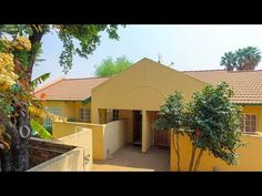 3 Bedroom Townhouse for sale in Gauteng Kempton Park, Sutton Place, Private Property, Open Plan, Home Buying, Dining Area, Townhouse, Shed, Tours