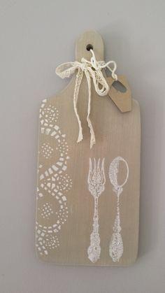 ozdobna, ręcznie zdobiona, drewniana deska