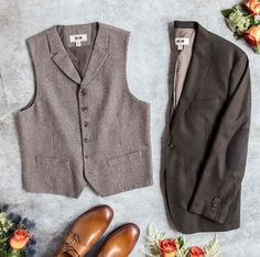 Planning a rustic wedding? Find the perfect mix of refined and relaxed pieces at a #MensWearhouse near you.