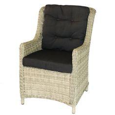 #Tuinstoel Maud is een zeer luxe en comfortabele stoel. Mede door het gebruik van 7mm halfrond wicker is deze stoel zeer onderhoudsvriendelijk. U kunt de Tuinstoel Maud behandelen met de Eden vlechtwerk beschermer zodat de stoel nog beter beschermd is tegen verkleuringen.