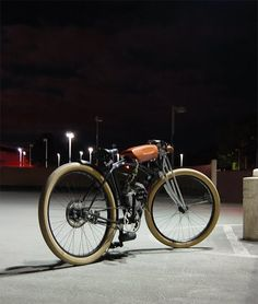 Lately I've been obsessed with these vintage style 1910 (+/-5 year) motorized bicycles.  I just love the look and want to have one.