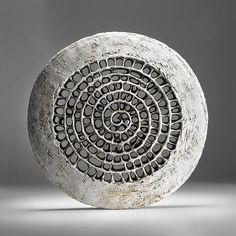 Barbro Åberg - spiral dream symbol, spiralling inward, to the interior, downward into the unconscious, upwards to spirit. Sculptures Céramiques, Sculpture Art, Ceramic Clay, Ceramic Pottery, Keramik Design, Contemporary Sculpture, Paperclay, Art Of Living, Wood Art