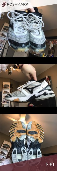 Mizuno Wave Lightening Rx Volleyball Shoes Volley ball shoes. Only used indoors, never outdoors. Only used for one season of volleyball. I no longer play so I no longer need them. In great condition. Mizuno Shoes Athletic Shoes