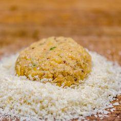 Karbanátky z červené čočky - Spicy Crumbs Spikes, Risotto, Grains, Ethnic Recipes, Food, Cnd Nails, Studs, Riveting, Essen