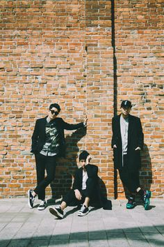 Epik High will expand their 'PARADE solo concert coming up into a domestic tour!YG Entertainment announced on the &quo… Lee Hi, Yg Artist, Akdong Musician, Indie, Choi Jin, Insta Goals, 2ne1, Photography Business, Band Photography