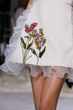 Giambattista Valli, Spring 2016 Couture (January, Paris) - Details
