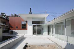 稲山貴則建築設計事務所 あいだの家  http://www.kenchikukenken.co.jp/works/1411958340/30/