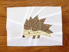 Free paper-piecing pattern from Artisania (http://artisania.files.wordpress.com/2010/06/lil-hedgehog.pdf)