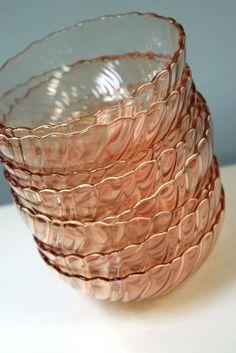 """Arcorac Rosaline Swirl"" Pink Glass Set of 8 Dessert Bowls / Ice Cream Bowls - Made in France - 4.75"" Diameter x 2"" H"