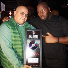 The Man Ron 'Mills' @SiriusXMMills Presented With The JMJ Award At The @OfficialCoreDJs #Reunion25NYC DJ SKNO CORE DJ's @COREDJSKNO Do You Need A REAL DJ For Your Club Sports Event Concert Grand Opening Corporate Event Conference Wedding Or Mixtape? For All Serious Inquiries With A Budget ONLY Contact Us At whoknowsdjskno@gmail.com DJ SKNO CORE DJ's Thank You! #CoreDJApproved #TheCoreDJ's #CoreDJs #Corecares #Razdabar #Coredjskno #DJSKNO #OHRaised #Core25 #Core25NYC @coredjpromo…