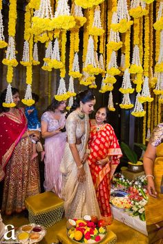 Shravya And Sharan's Engagement - Ashwin Kireet Photography Pictures Desi Wedding Dresses, Saree Wedding, Bridal Dresses, Wedding Updo, South Indian Weddings, South Indian Bride, Indian Wedding Theme, Bridal Lehenga Collection, Half Saree Designs