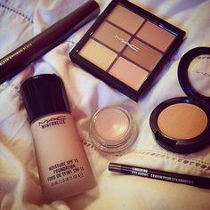 http://beautyloveri.blogspot.de/ IG  beautyloveri