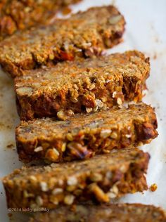 Rustic Carrot-Banana Bread with Walnuts. Gluten-Free. #vegan