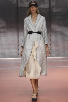 Marni Spring 2014 RTW - Runway Photos - Fashion Week - Runway, Fashion Shows and Collections - Vogue