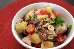 Seafood Italian Salad with Olives Ingredients:¾ lb baby finge. Seafood Boil Party, Seafood Stew, Seafood Dishes, Seafood Recipes, Seafood Enchiladas, Seafood Lasagna, Paella Recipe, Italian Salad, Chowder Recipes