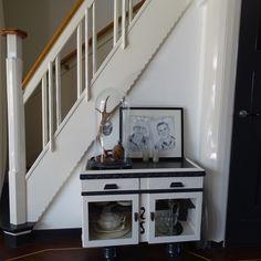 MOK STUDIO is a Dutch design studio based near The Hague. Vintage Furniture, Interior Decorating, Entryway, Studio, Wood, Inspiration, Design, Home Decor, Entrance