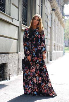 Kontatto Flower long dress, L'Ed Emotion Design Bag lightblue bag. Francesca Cinà - IG: @myway_ https://www.instagram.com/myway_/