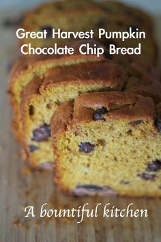 A Bountiful Kitchen: Great Harvest Pumpkin Chocolate Chip Bread