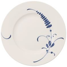Villeroy & Boch Assiette à dessert Vieux Luxembourg Brindille Painted Ceramic Plates, Ceramic Painting, Ceramic Art, Luxembourg, Blue And White Dinnerware, Brindille, Wedding Painting, Blue Pottery, Villeroy