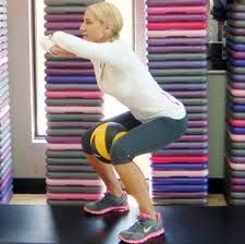 low squat to help you get that booty