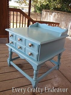 Vintage side table!!!
