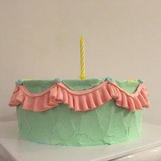 happy birthday. 좋아하는 컬러. 좋아하는 러플.#myfunnybirthdaycake