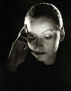 Film Noir shadows