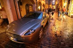 Aston Martin DB9 spotted in Italy