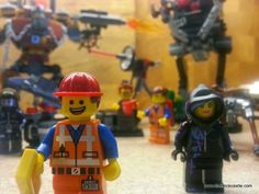 The LEGO Movie - Creativity v's Instructions (The LEGO movie characters Emmet Wyldstyle Metalbeard )