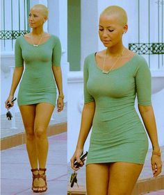 This is what i want my curves to look like, love amber rose && who the fuck else can rock a shaved head! Bald Women, Sexy Women, Beautiful Black Women, Beautiful People, Beautiful Ladies, Amber Rose Style, Shave My Head, Bald Girl, Look At You
