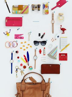 I love this product layout! So fun yet chic (I want to own everything!) ;)  FOSSIL - watches, handbags, accessories, and apparel - www.fossil.com
