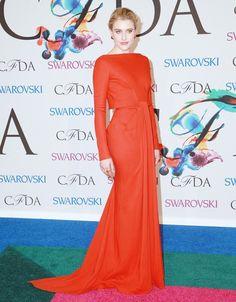Greta Gerwig in Zac Posen at the #CFDA Awards // #CFDAAWARDS #redcarpet