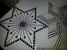 Siparis alinir Canvas Ideas, Plastic Canvas, Elsa, Ornaments, Beads, Projects, Jewelry, Art, Crafts