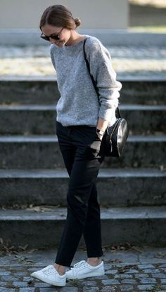 cute office outfit / round bag + grey sweater + pants + white sneakers