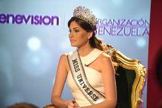 3 Miss Universo entre las 25 mujeres más poderosas del 2014 - http://missuniversusa.com/3-miss-universo-entre-las-25-mujeres-mas-poderosas-del-2014/