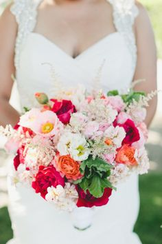 Bright and lovely: http://www.stylemepretty.com/california-weddings/sonoma/2015/05/24/bright-florals-at-whimsical-sonoma-wedding/   Photography: Onelove - http://www.onelove-photo.com/