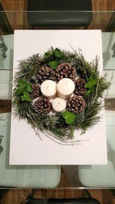 CENTROS FLORALES PARA MESAS MÁGICAS... White Christmas, Christmas Wreaths, Christmas Decorations, Xmas, Christmas Table Centerpieces, Table Decorations, Holiday Crafts, Holiday Decor, Four Square
